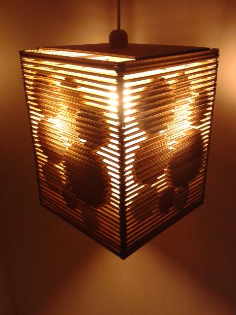 Lampa z kartonu - kolka 3d - 11