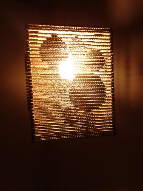 Lampa z kartonu - kolka 3d - 7