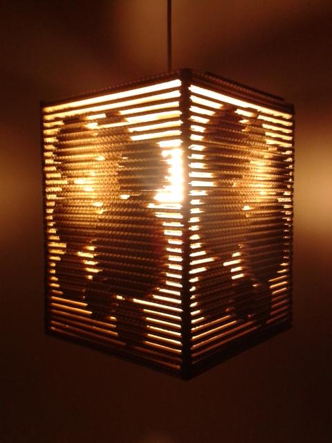 Lampa z kartonu - kolka 3d - 8