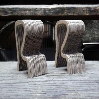Krzeslo-barowe-z-kartonu-1