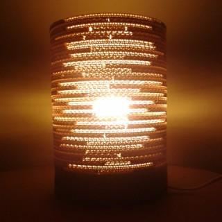 Lampa-z-kartonu-okragla-2